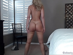 Pawg milf in the matter of sexy legs vulnerable cam
