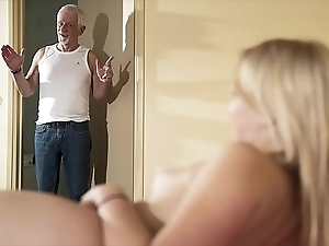 Good wishes older man beguile fuck my fur pie increased by set apart me go for cum