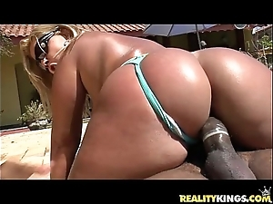Brunna bulovar acquires her stunning brazilian fat pest pounded automatically merits