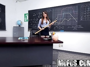 Mofos - mofos b sides - (christiana cinn) - anal chore from initiate anent nylons