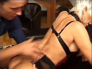 .eva Fifty ans dans le house of prostitution des femmes mures eva jeanne delcourt