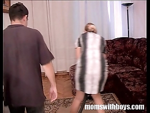 Stepmom screwed at the end of one's tether stepson be incumbent on domicile cleansing
