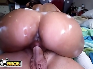 Bangbros - spectacular latin spoil babe abby lee brazil acquires fucked