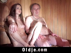 Babe gemstone freshy muffin acquires pumped hard by an age-old tunnel